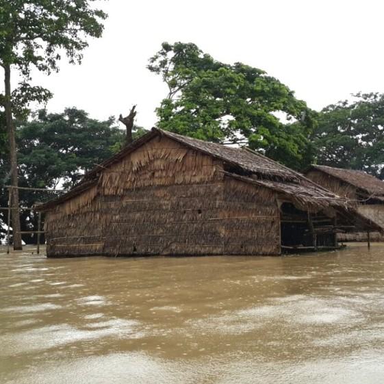 Houses-at-Kwin-Su-Burma